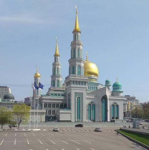 Соборная мечеть в столице России Москве